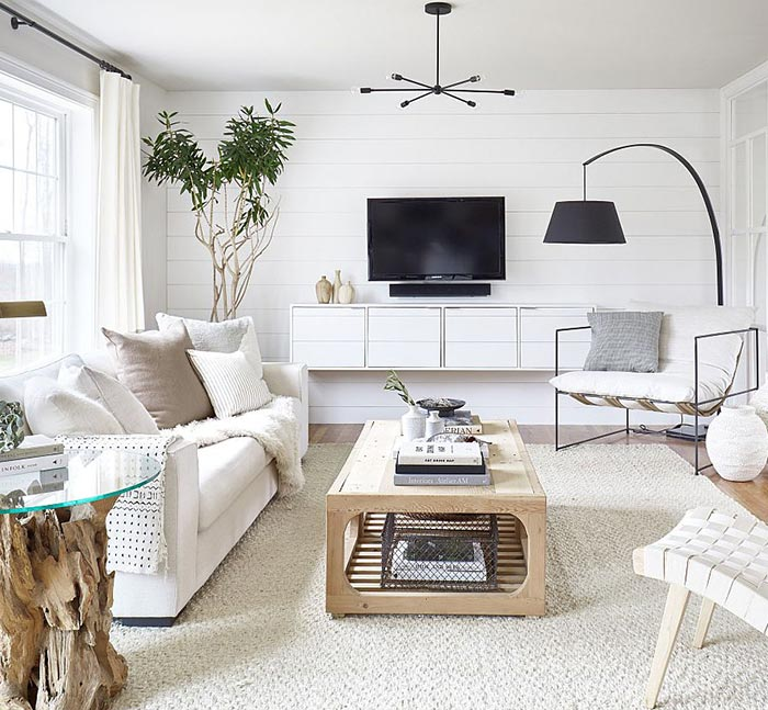 Ideas de decoración de un salón blanco bien organizado