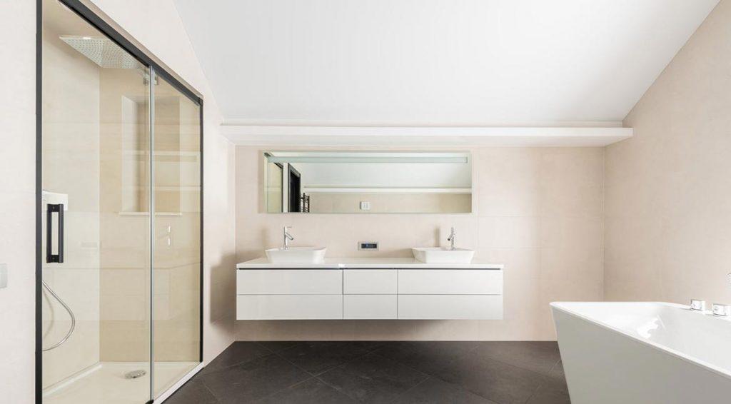 Las paredes de los baños