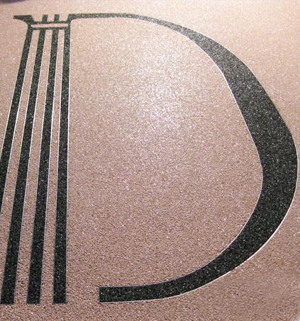 Logo con diseño arquitectura